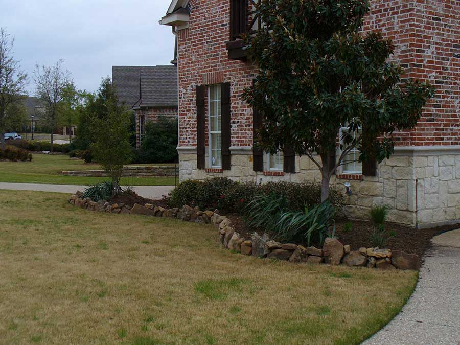 Empire Landscaping Natural Stone Border