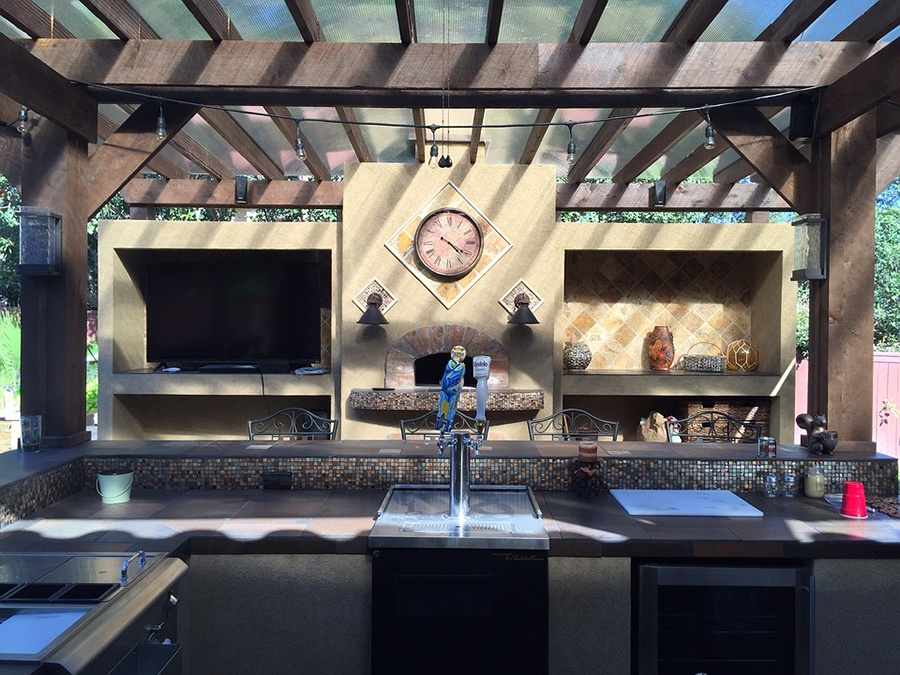 Empire Landscaping Outdoor Kitchen